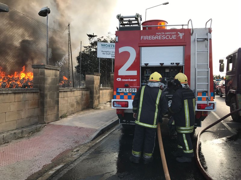 Fire at Sant Antnin Waste Treatment Plant 2