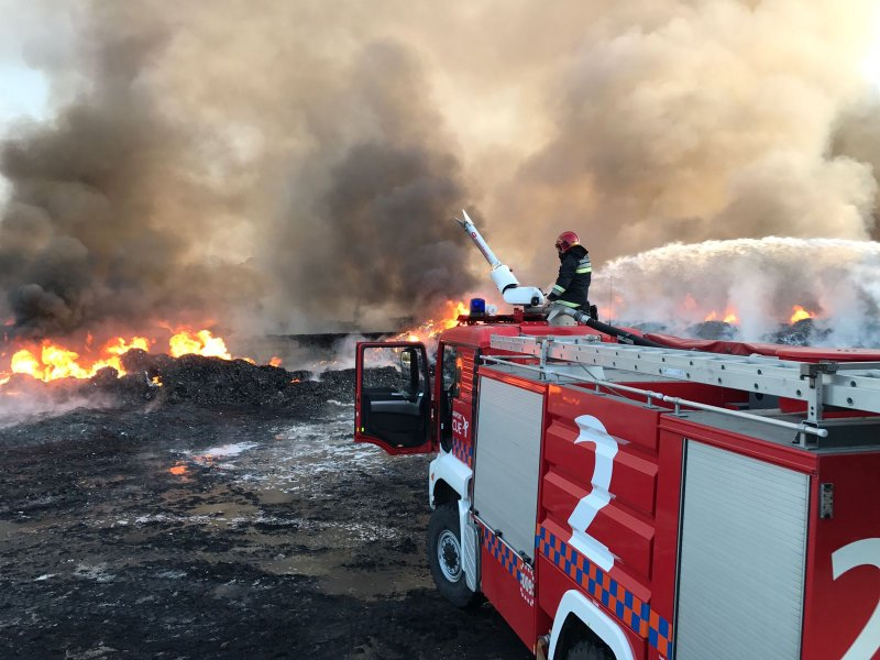 Fire at Sant Antnin Waste Treatment Plant 8