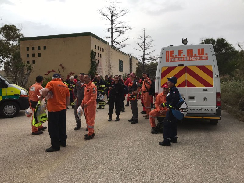 The Volunteer Rescuer A Unified Approach 16