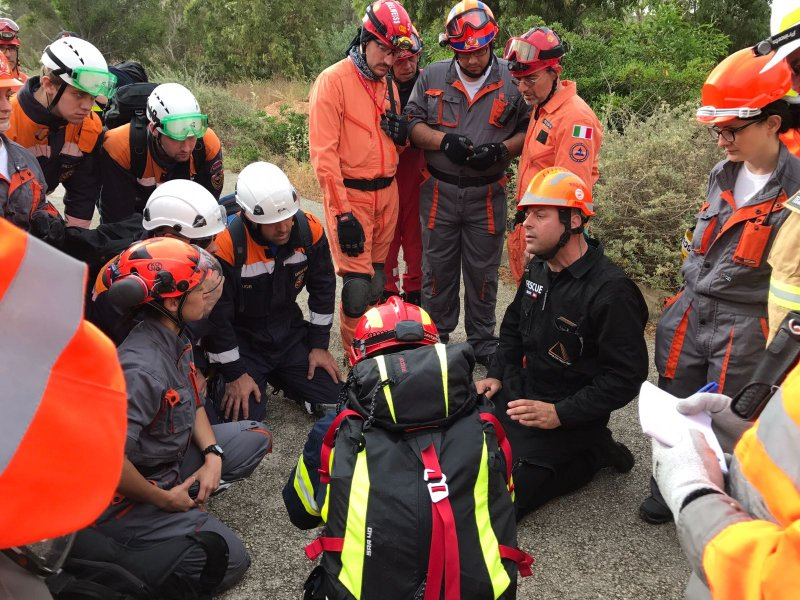 The Volunteer Rescuer A Unified Approach 22